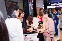 singapore quang ba du lich den khan gia viet qua bom tan hoat hinh conan