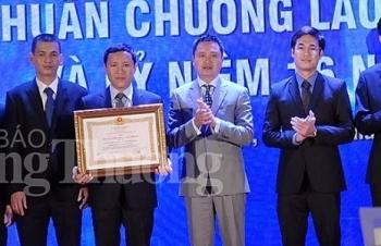 piacom don nhan huan chuong lao dong hang ba