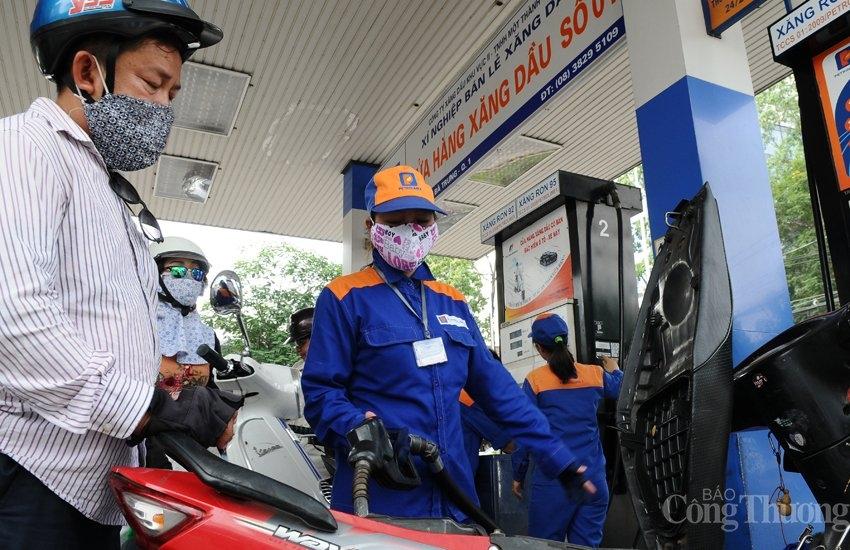 Điều hành linh hoạt, đà tăng giá xăng dầu trong nước thấp hơn thế giới