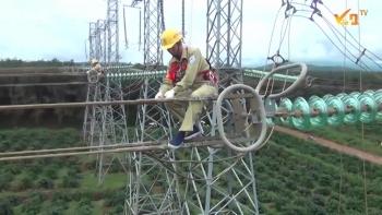 Ngành điện Thái Nguyên nâng cao năng suất lao động, tăng tiện ích cho khách hàng