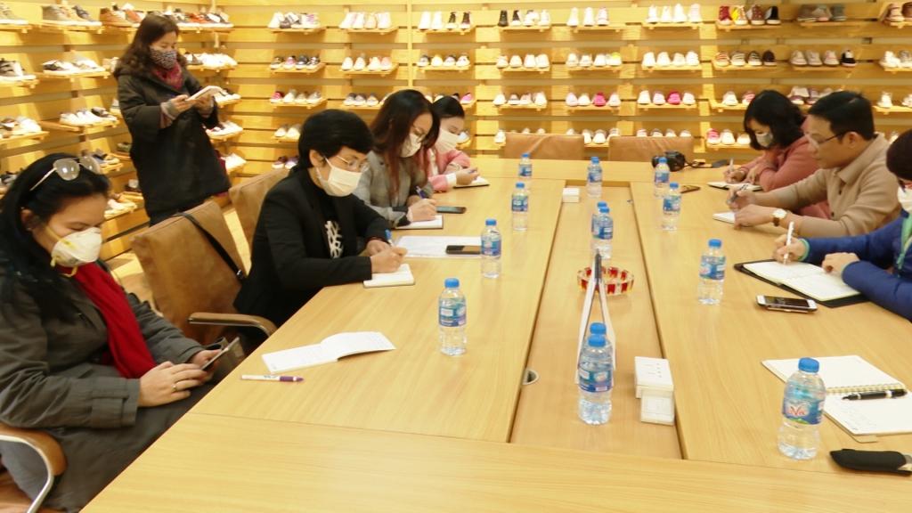 Bộ Công Thương: Tìm giải pháp tháo gỡ khó khăn cho doanh nghiệp da – giầy