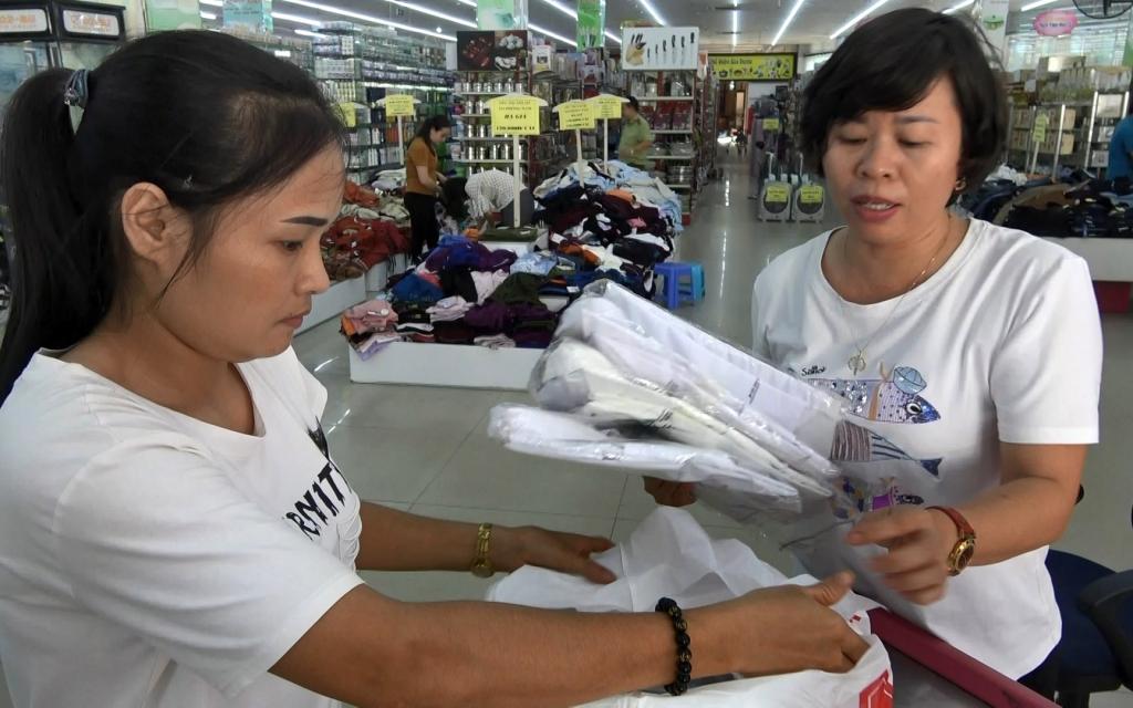 Lào Cai tăng cường kiểm soát gian lận xuất xứ hàng hóa