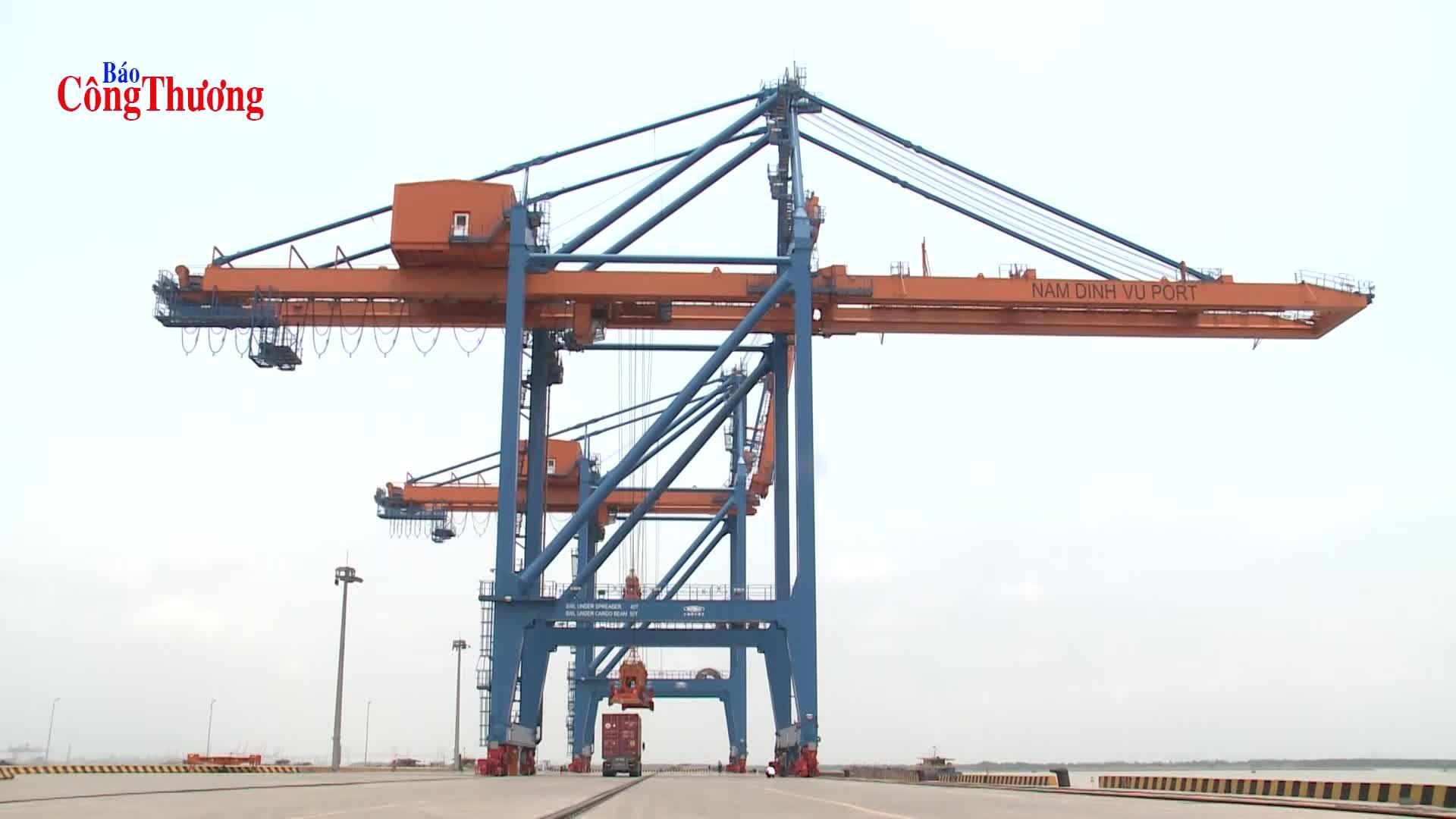 Ngành logistics thu hút mạnh nhà đầu tư