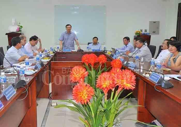 Giải tỏa công suất cho các nhà máy điện mặt trời, điện gió tại Bình Thuận